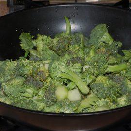Broccoli stir-fried
